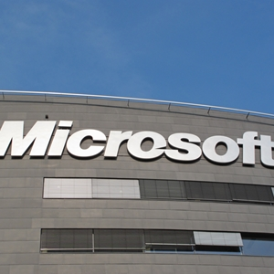 Microsoft is attempting to get its latest Windows offering.